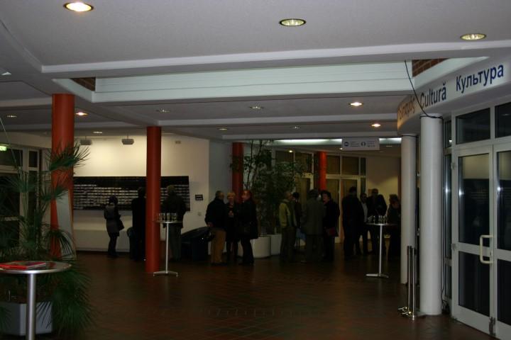 Ausstellung-Dtz.02